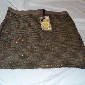New NWT Chelsea Violet Copper Sequined MIni Skirt